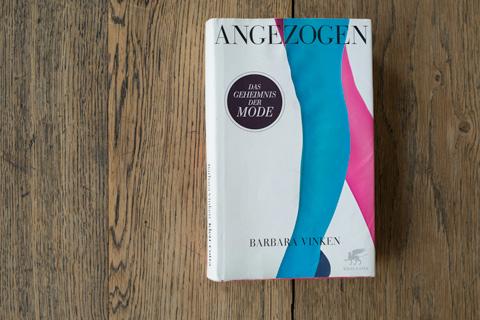 Foto: Buchcover: Angezogen. Das Geheimnis der Mode