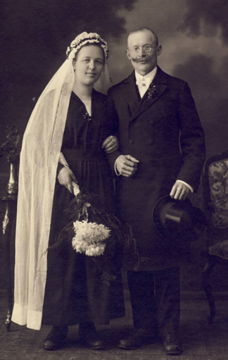 Foto: Brautpaar zu Beginn des 20. Jahrhunderts