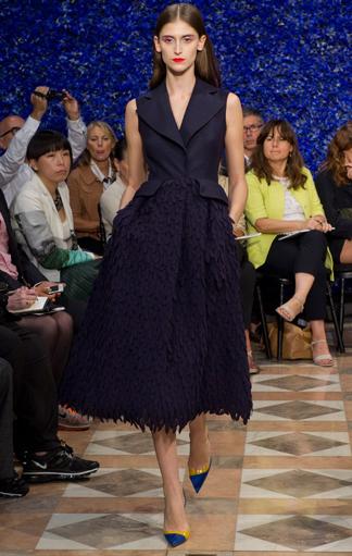 Schwarzes Kleid aus der Dior Fall 2012 Couture Kollektion